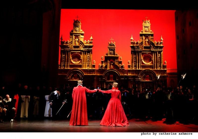 metropolitan opera dessay Directed by laurent pelly, this production features natalie dessay's fearless coloratura and impeccable comic timing paired with juan diego flórez's remarkable musicality, including, of course, the famous aria featuring nine high cs.