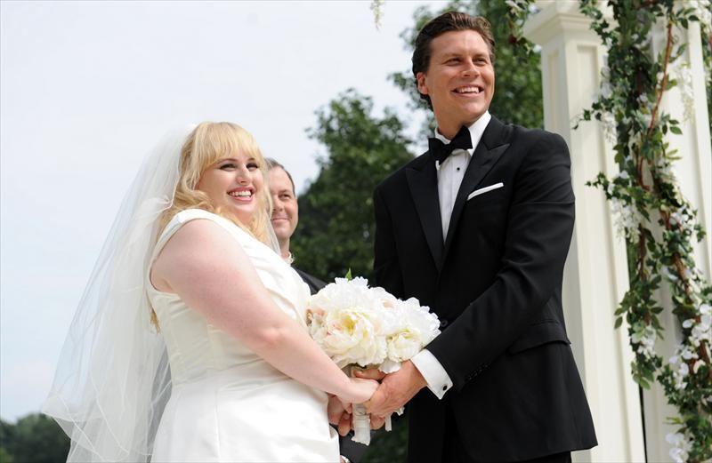 foto-tolstie-v-svadebnih-platyah