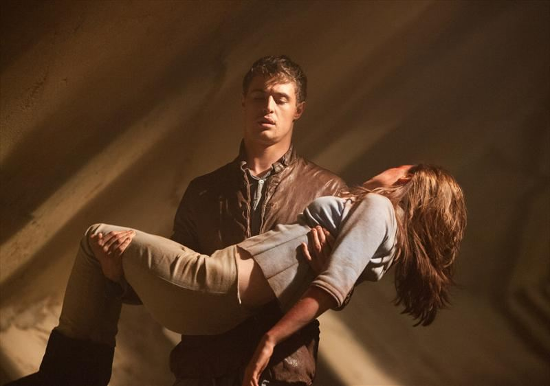 the host The host movie reviews & metacritic score: utilizing state-of-the-art special effects, the host is both a creature-feature thrill ride and a poignant human d.