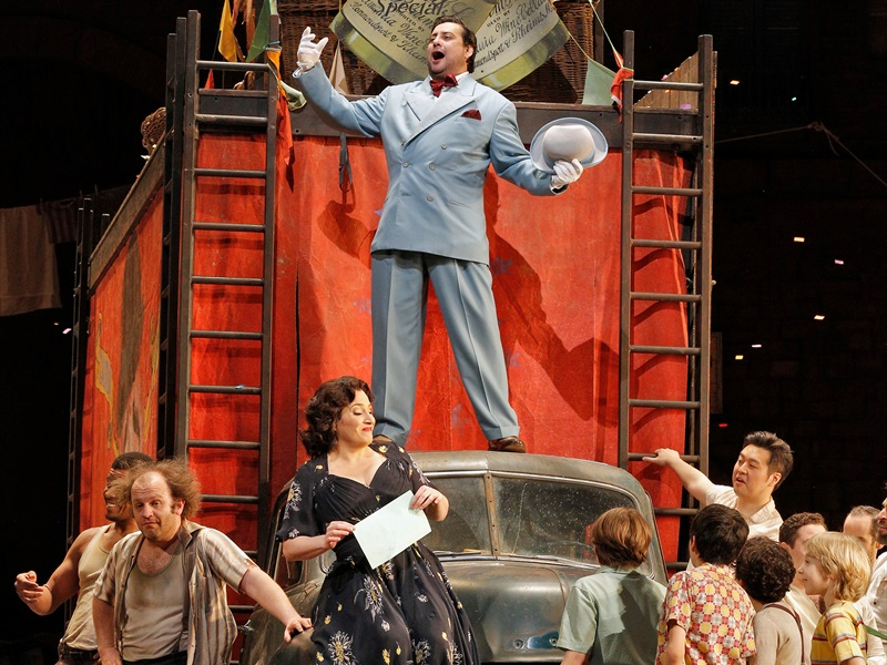 Metropolitan Opera: ZEMNIEKA GODS   PAJACI