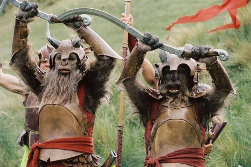 Nārnijas hronika: Lauva, Ragana un drēbju skapis