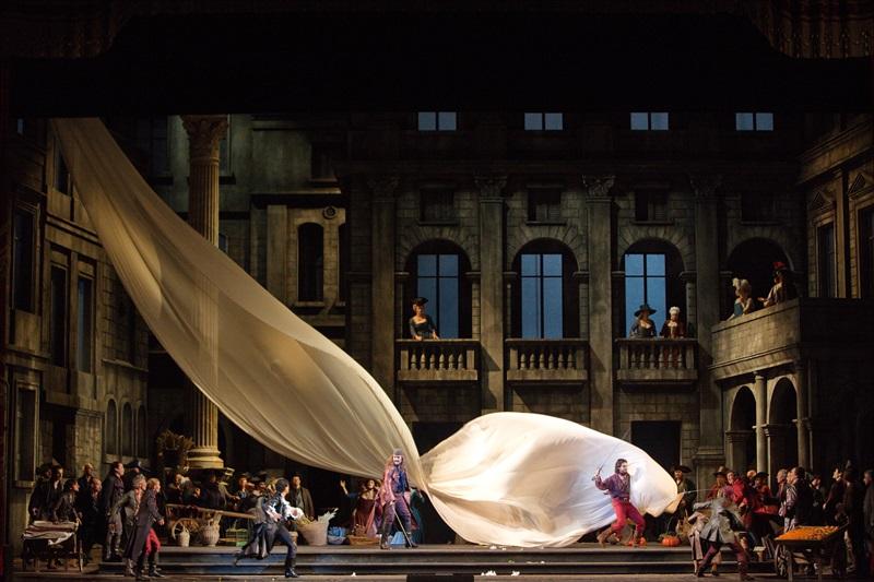 Metropolitan Opera: ROMEO UN DŽULJETA