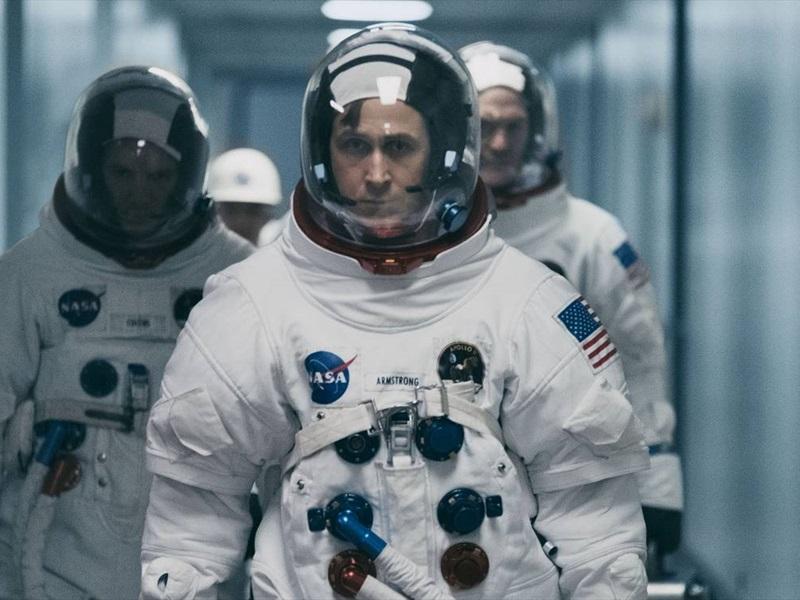 Pirmais cilvēks uz Mēness