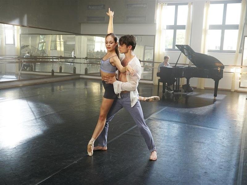 Mīlestība dejas ritmā
